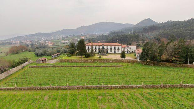 falua